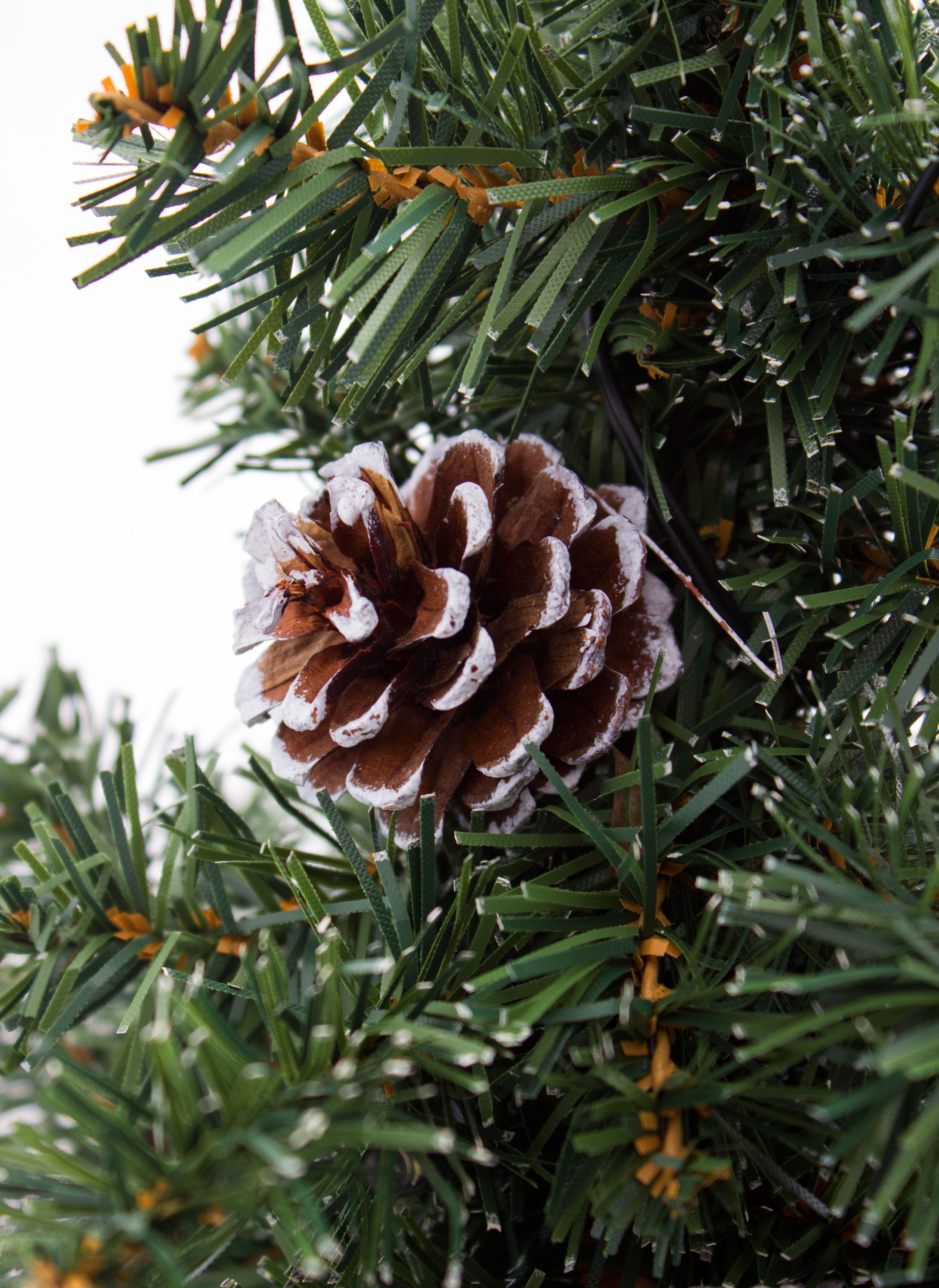 Weihnachtsbeleuchtung Tannenzapfen.Brubaker Blumenkasten Mit Künstlichen Weihnachtsbäumen Balkon Weihnachtsbeleuchtung 2x Tannenbaum