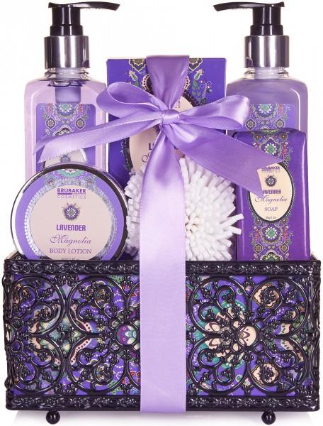 Bade- und Dusch Set Lavendel Magnolien Duft - 7-teiliges Geschenkset in dekorativem Korb
