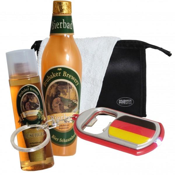 BRUBAKER Bier Badeset Geschenkset für Männer mit Kulturbeutel, Waschlappen und LED Flaschenöffner De