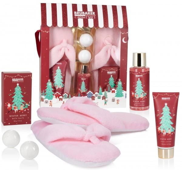 6-tlg. Weihnachts Beauty Set - Winter Berry Duft - ink. Plüsch Slipper